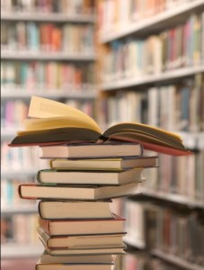 Как расположить книги дома, фото